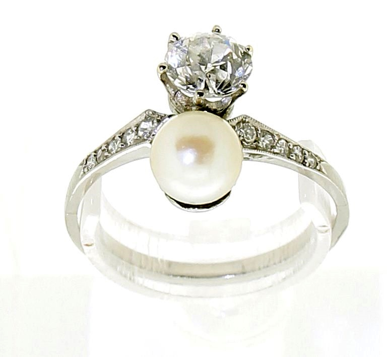 "'Toi et Moi"" diamonds & pearl ring"